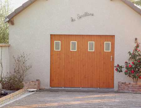 Janibel Bois Portes De Garage Traditionnelles France Fermetures - Porte garage coulissante bois