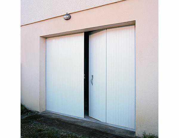 http://www.france-fermetures.fr/image/3000x1383/i/FF-ff/public/catalogue/portes_garage/Janiclos_PVC/8des_janiclos1_pvc.jpg