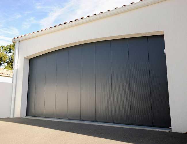 maestro - portes de garage sectionnelles - france fermetures - Isolation Porte De Garage Coulissante