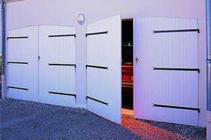 Portes De Garage En PVC Bois Aluminium Ou Acier France Fermetures - Porte de garage sectionnelle avec porte de garage 4 vantaux pvc