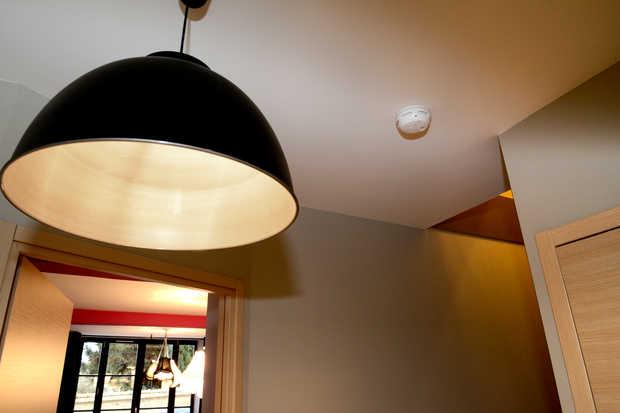 les objets connect s s 39 invitent chez vous. Black Bedroom Furniture Sets. Home Design Ideas